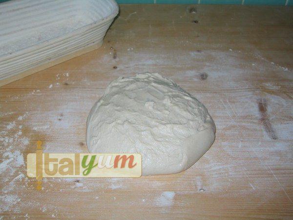 Sourdough bread (Pane toscano a lievitazione naturale) | Bakery