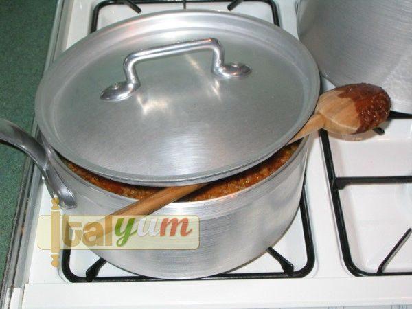 Maccheroni with sausage and beans sauce | Pasta recipes