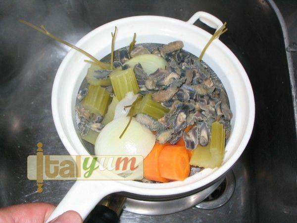 Garden snails Brescia (Lumache alla bresciana)   Special Recipes