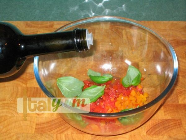 Bruschetta with tomatoes (Bruschetta al pomodoro) | Vegetable recipes