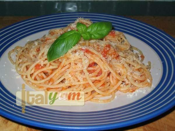 Tomato Spaghetti (Spaghetti al pomodoro) | Pasta recipes