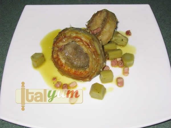 Artichokes with pancetta (Carciofi con pancetta) | Vegetable recipes