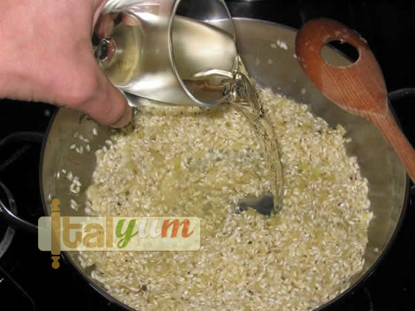 Risotto Milanese (Risotto alla Milanese) | Risotto recipes