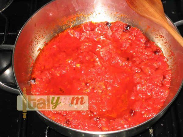 Fiery Penne Pasta (Penne all'arrabbiata) | Pasta recipes