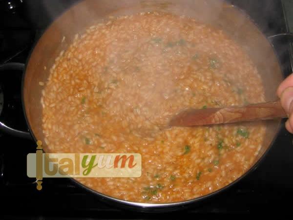 Crab meat risotto (Risotto alla polpa di granchio) | Risotto recipes