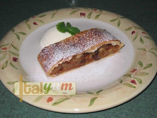 Apple strudel (Strudel di mele) | Dessert Recipes